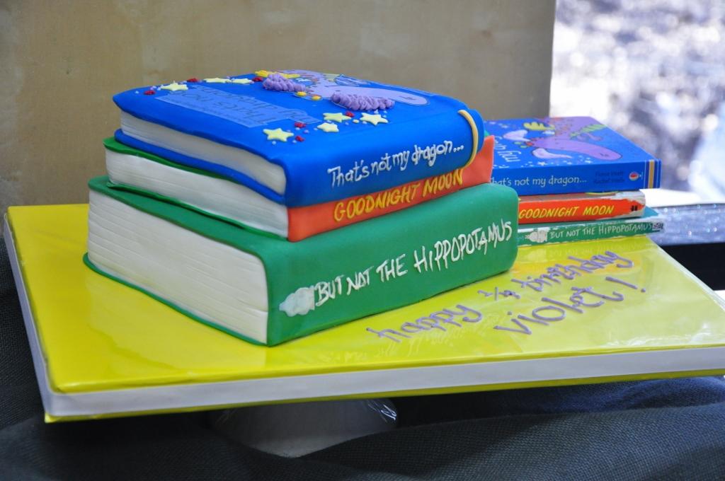 childrens-books-cake-goodnight-moon, Sweet Cheeks Baking Co ...
