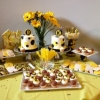 bumble-bee-cookies-black-yellow-desserts-sweet-cheeks-2