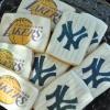 lakers-yankees-cookies