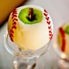 white-chocolate-dipped-apples-baseballs-683x1024