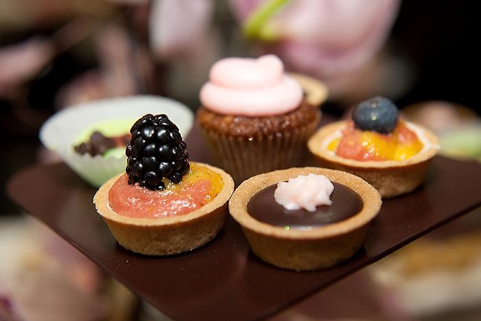 Image Gallery Miniature Desserts