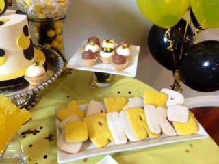 Bumble Bee cookies, black & yellow desserts, Sweet Cheeks (5)