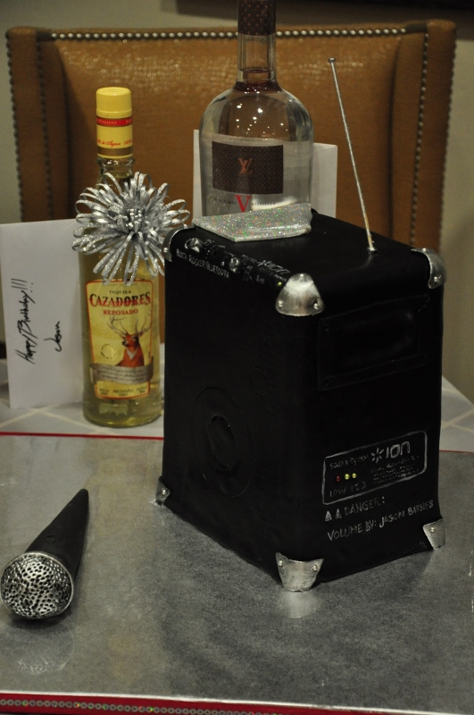 music speaker karaoke cake, kitchen photos, Sweet Cheeks Baking (3) (531x800)