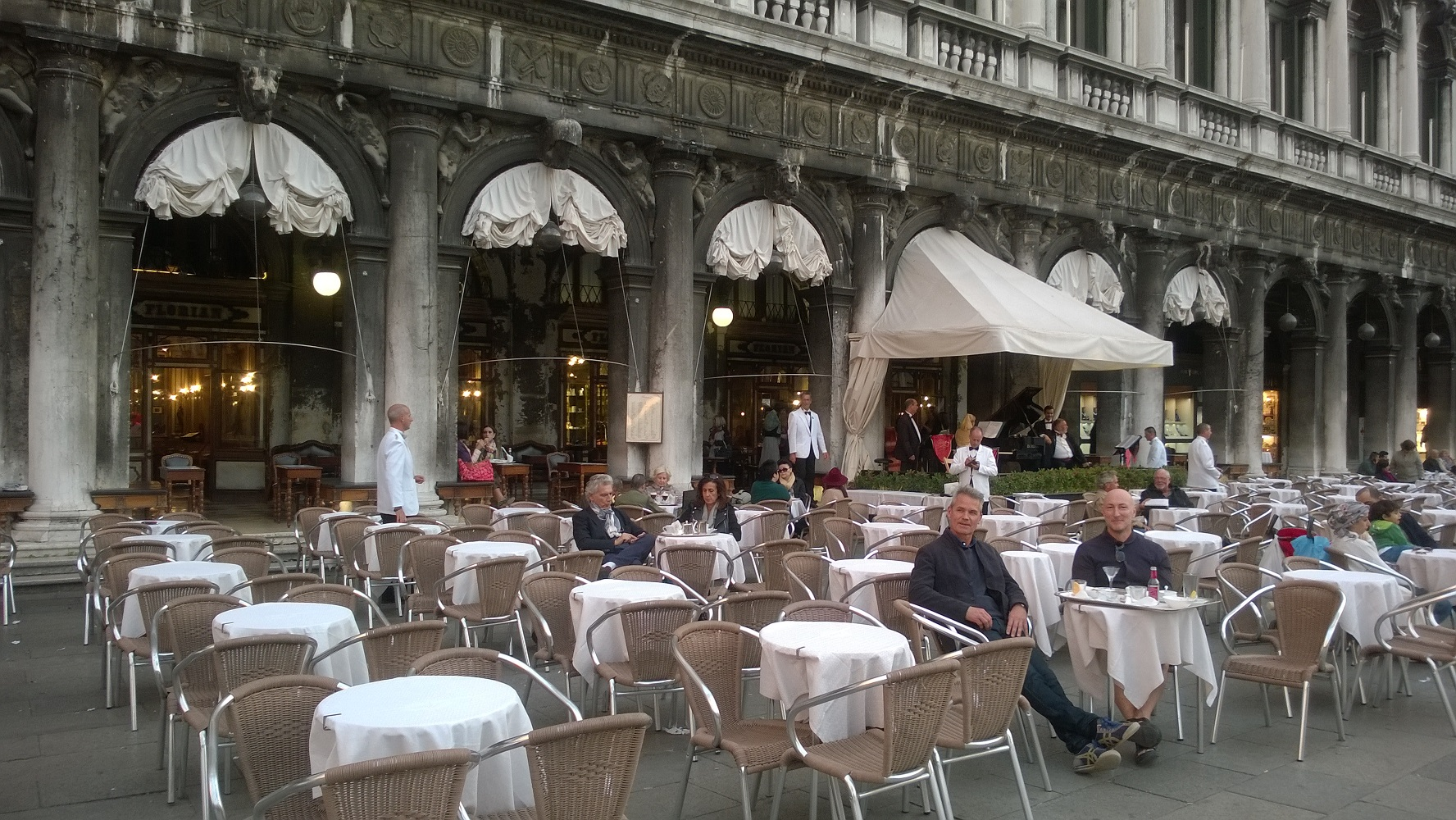 Cafes attract Prosecco + pastry-loving tourists