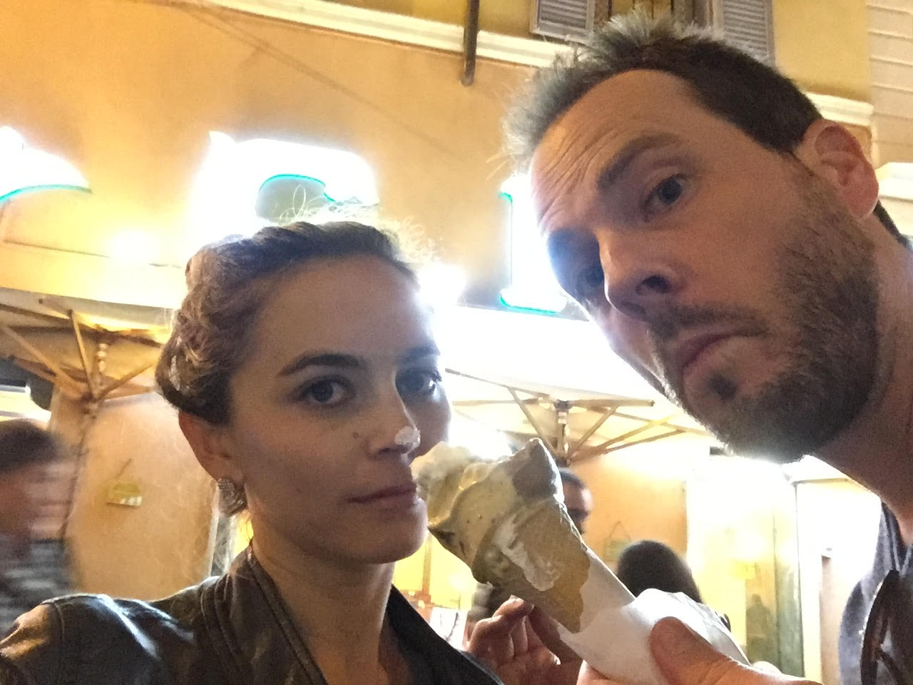 silly honeymooners love gelato