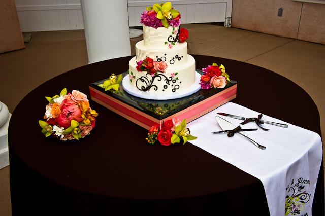 1-look-back-photography-karri-miller-scroll-cake-16