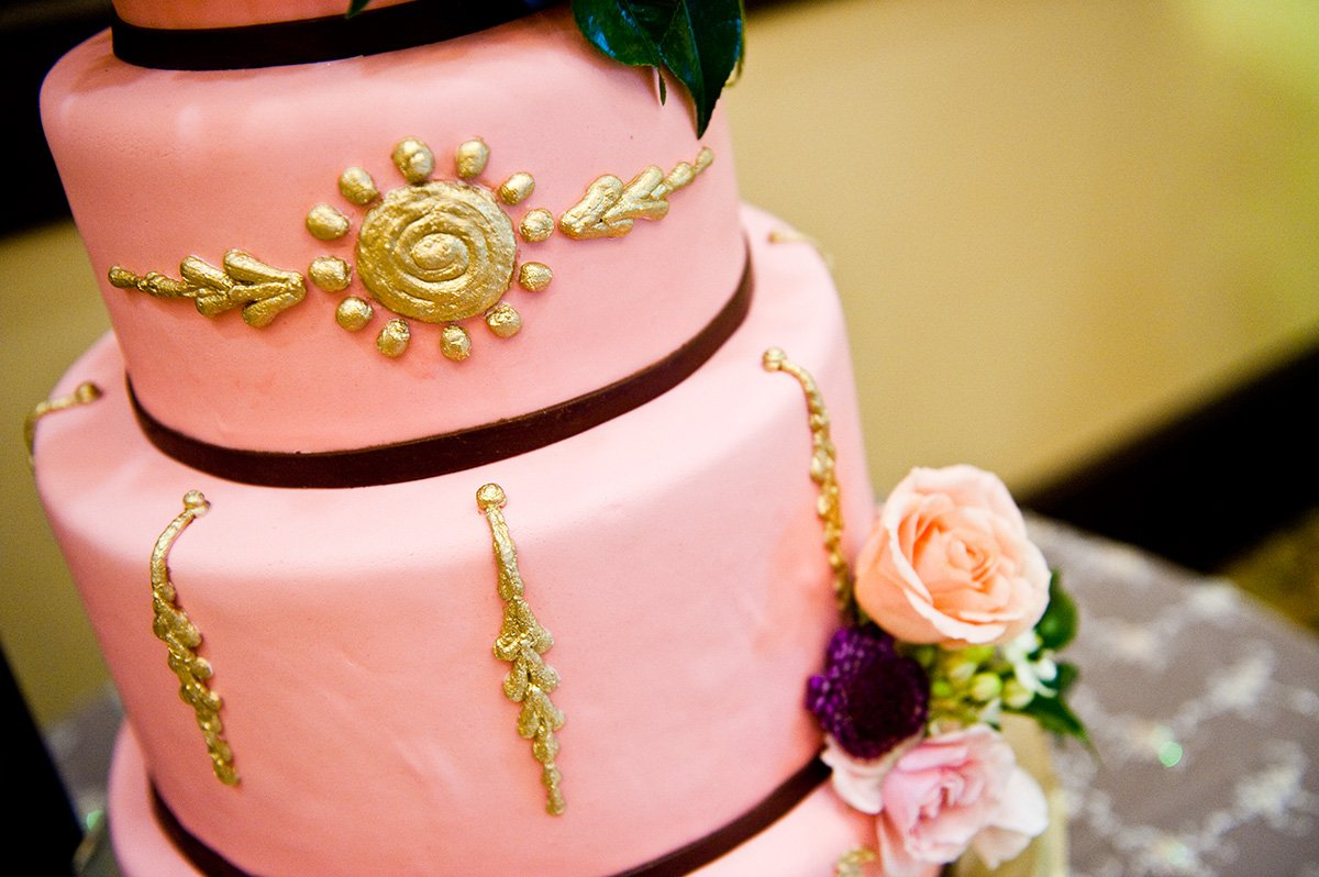 Pink & gold cake, Amorology weddings