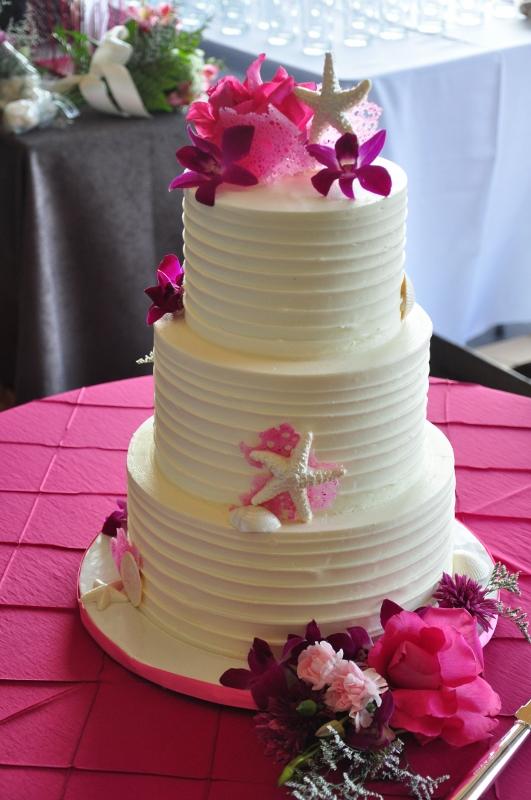 beach-cake-hot-pink-sugar-sea-fans-1-531x800_0