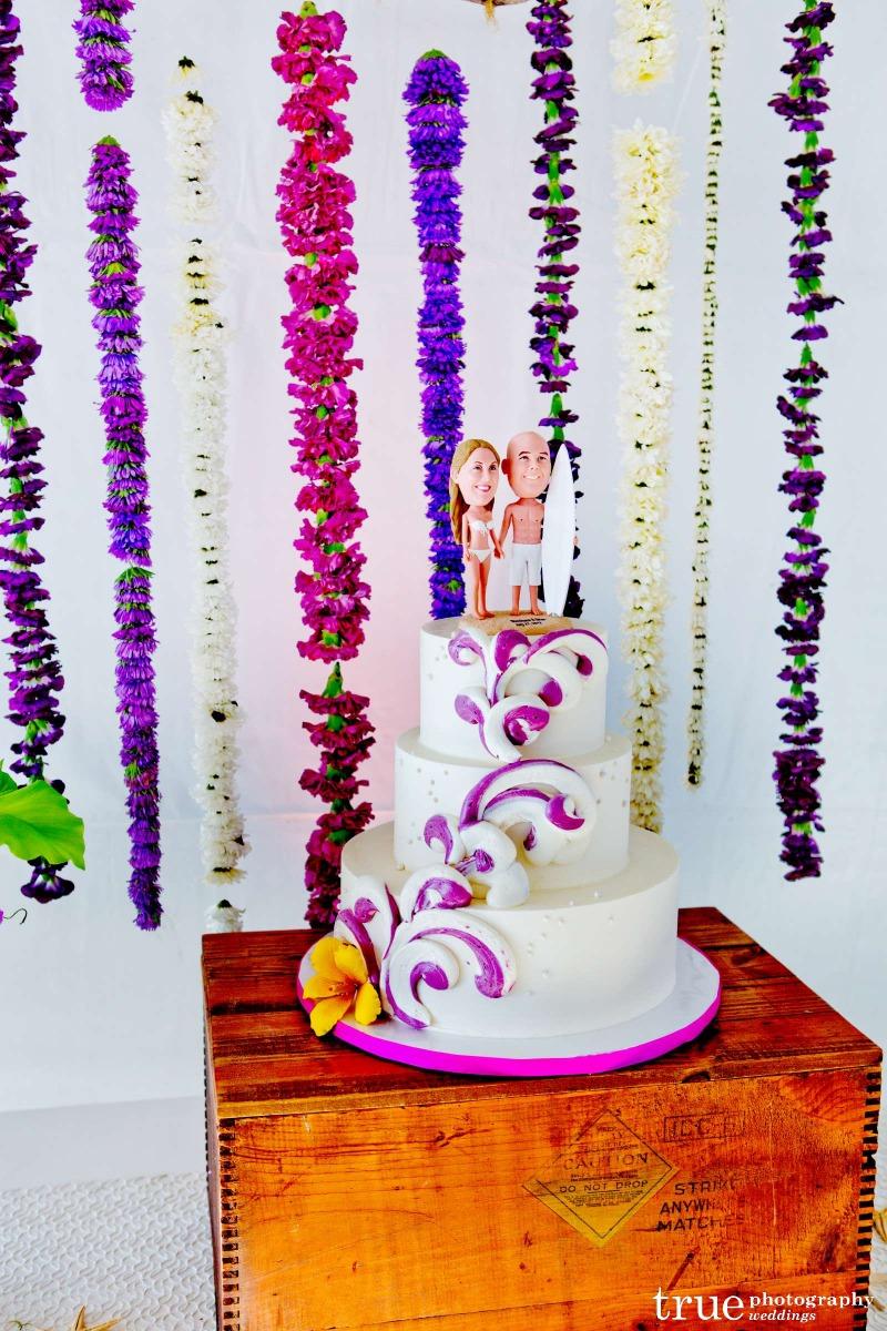 beach-style-wedding-cake-purple-waves-shoshana_brian-true-photography