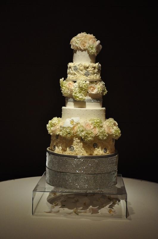 big-wedding-cake-flowers-at-omni-sweet-cheeks-baking-2-531x800