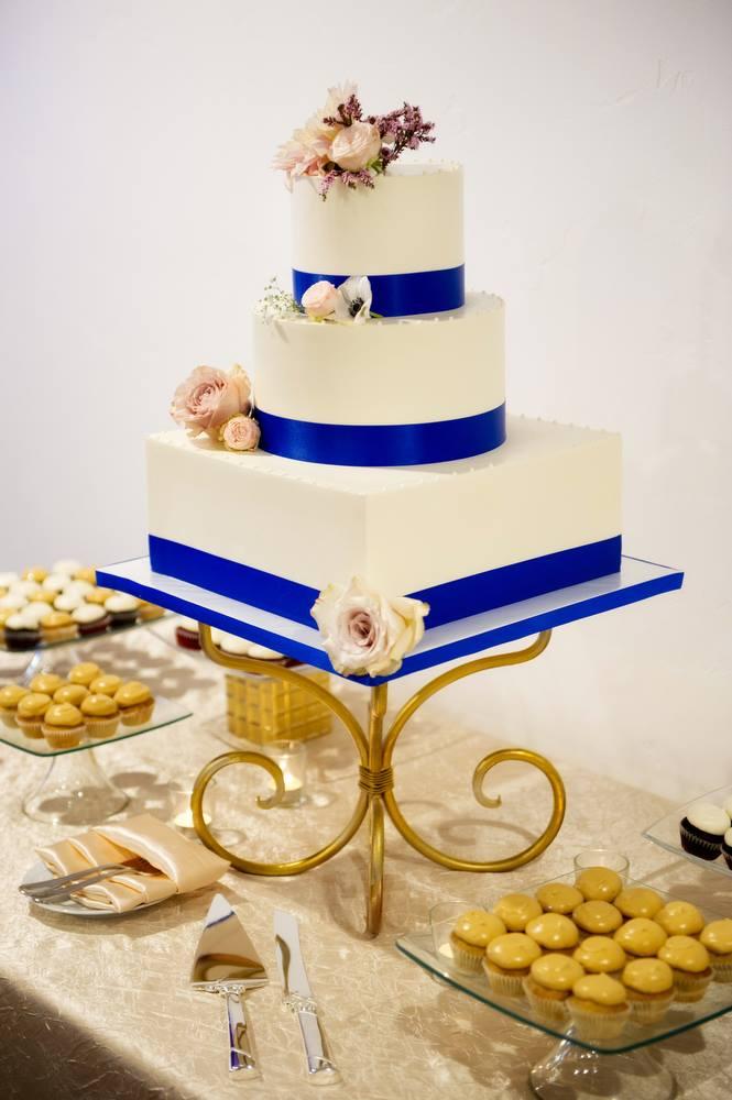 clean-royal-blue-ribbon-wedding-cake-sweet-cheeks-at-lomas-sfcc-michael-owen-baker-photography