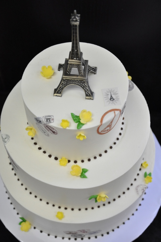 eiffel-tower-cake-topper-travel-stamps-531x800