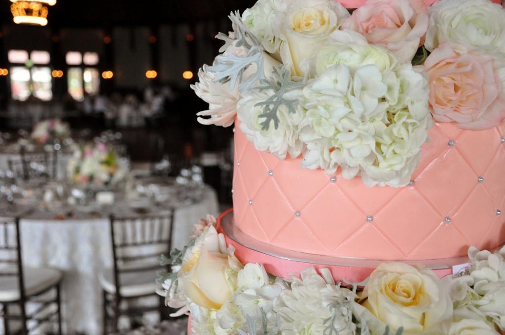 embellishmint-floral-quilted-cake-coral