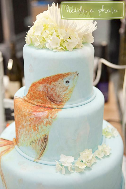 hand-painted-fish-cake-web