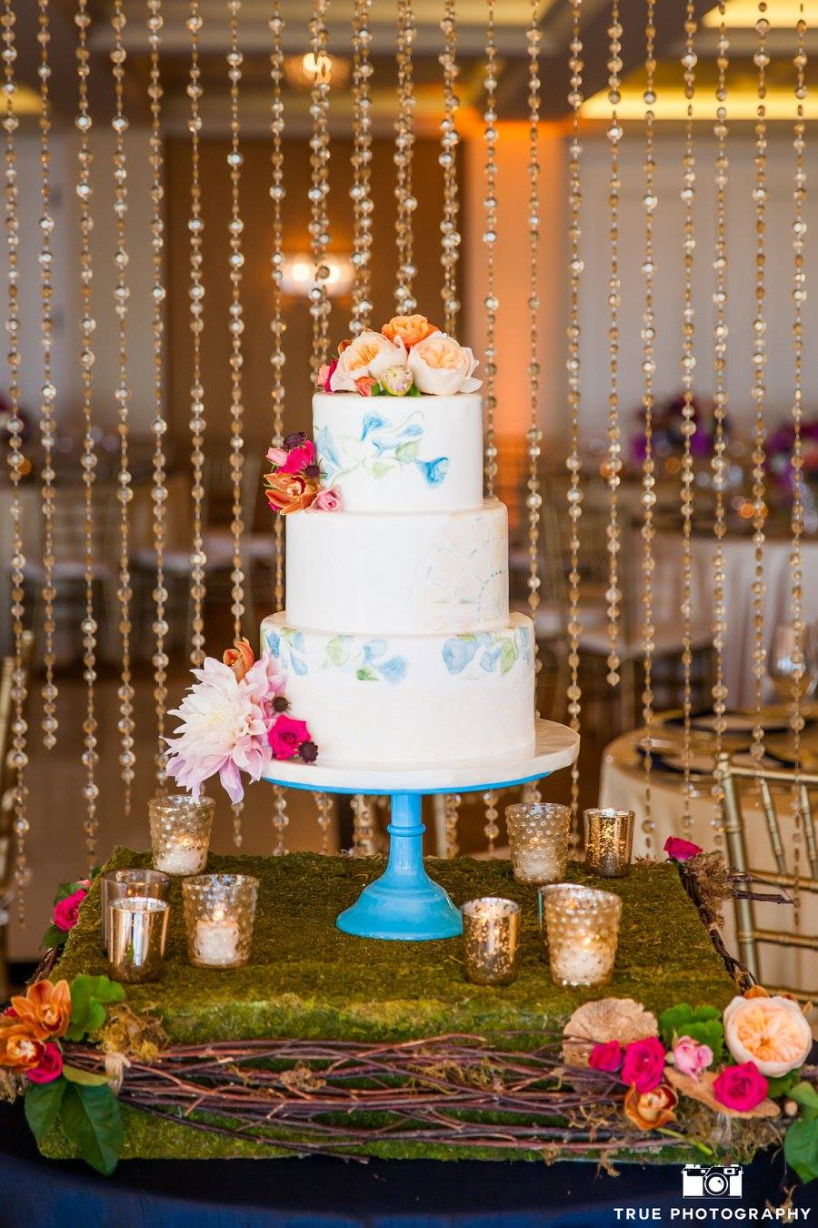 hand-painted-tile-designs-wedding-cake-by-sweet-cheeks-at-la-valencia-la-jolla-the-best-wedding-for-you