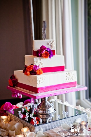 juicy-bright-pink-wedding-cake-on-vases-for-talonia-jamin-sweet-cheeks-baking-at-paradise-pt-true-photo-11