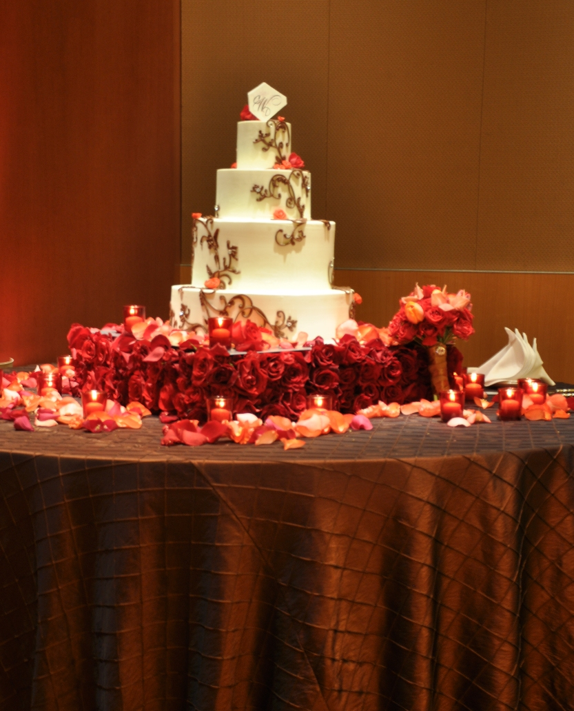 omni hotel, pave rose stand by Embellishmint Floral