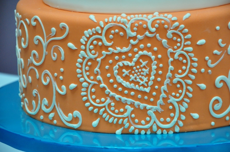 orange-white-spanish-style-cake-details-1