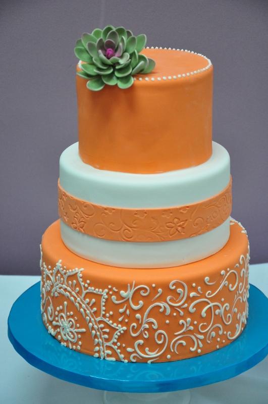 orange-white-spanish-style-cake-details-2