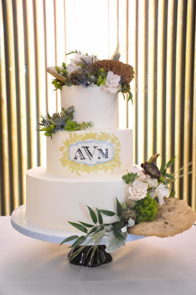 prado-wedding-embellishmint-floral-mushrooms