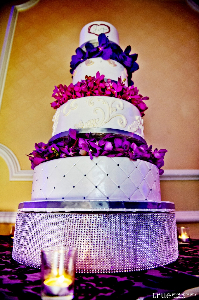 quilted-cake-purple-flowers-681x1024