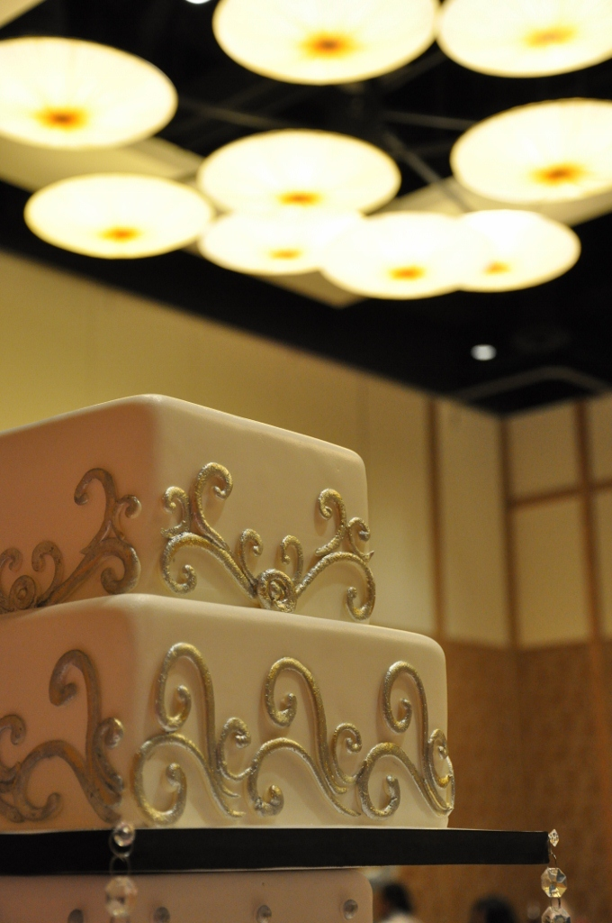 silver-gold-scroll-top-two-tiers-hilton-bayfront
