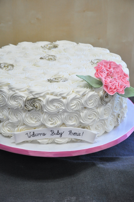 spiral-buttercream-rosette-piping-gold-painted-pink-peony-for-averie-2-531x800
