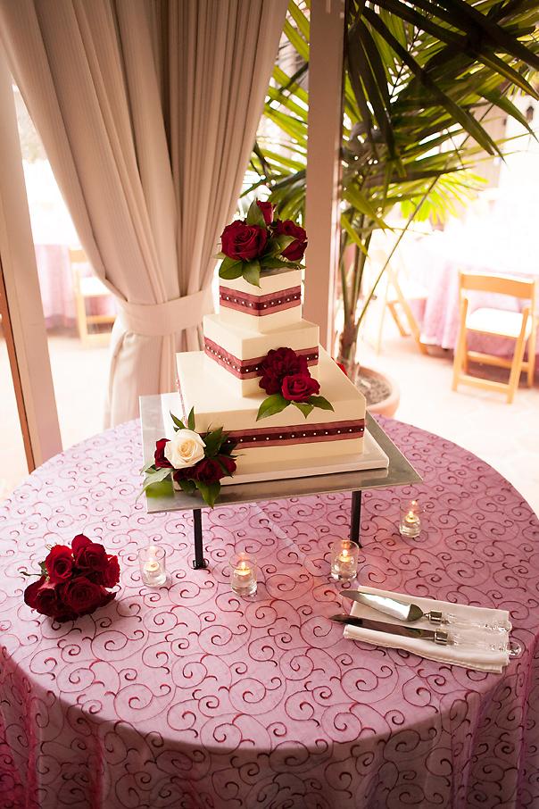 square-wedding-cake-dark-red-ribbon-mcguire-photography-4