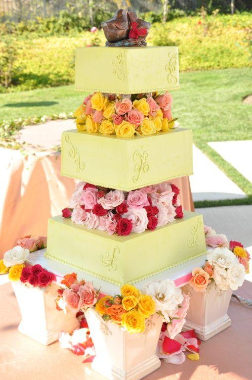 pale-green cake