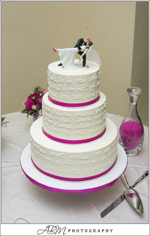 vows-on-wedding-cake-sweet-cheeks-baking