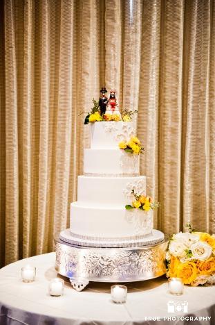 white-scroll-with-rhinestone-cake-sweet-cheeks-at-paradise-pt-resort-rachael-paultrue-photo-7